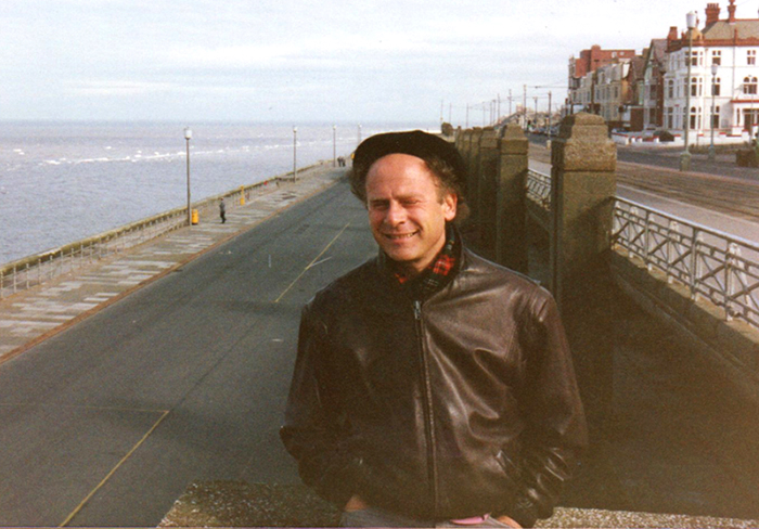 Art kindly let me take this photo of him on Blackpool seafront.